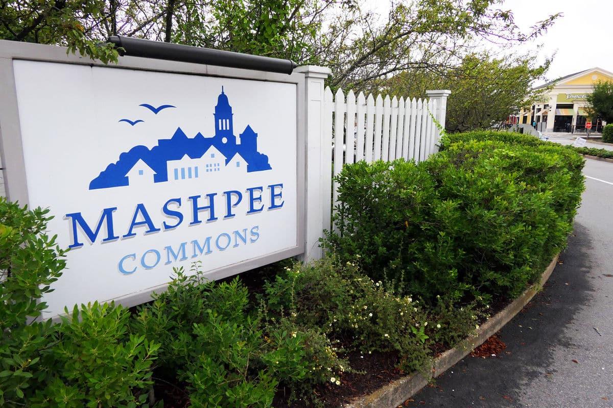 Mashpee Commons logo branding outdoor signage
