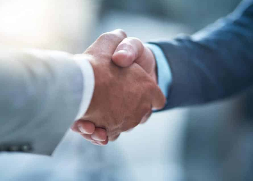 Avoid these types of handshake stock photos